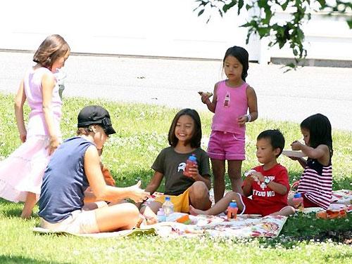 Как устроить пикник для детей