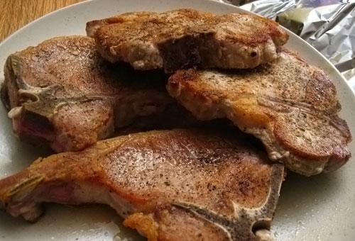 Шашлык из свинины на косточке